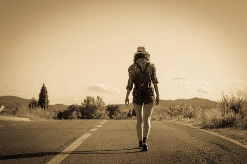 物を捨てるには勇気がいる!そこまでして何が得られるのか