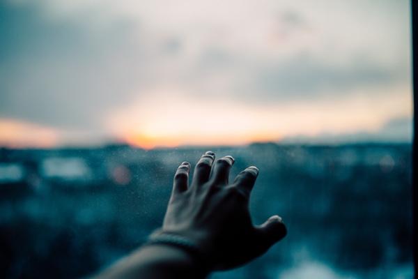 人生辛いことばかり…気持ちがスッと楽になるシンプルな方法